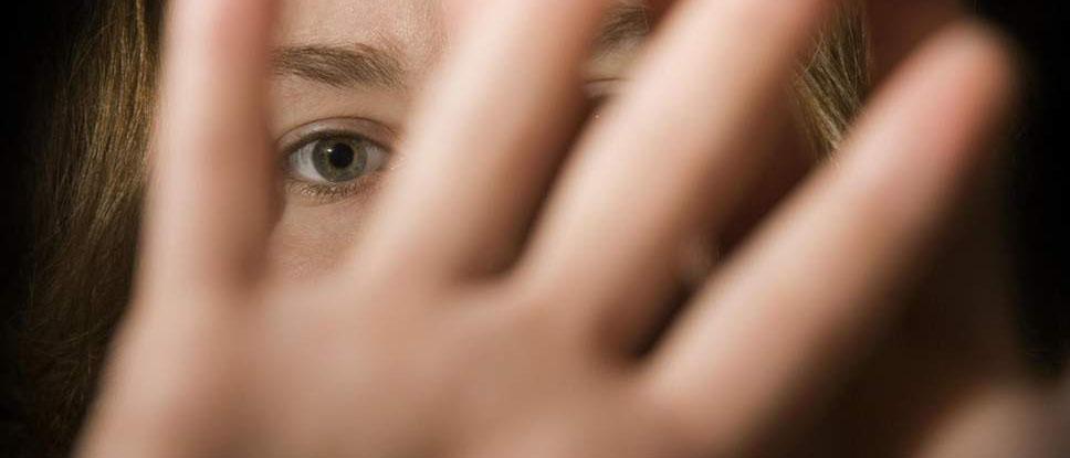 Куда обращаться, если избил муж? Как привлечь его к ответственности? Какое наказание грозит супругу, избившему свою жену? Узнайте из нашей статьи