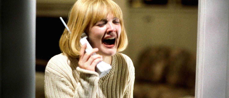 Что нужно делать, если вам звонят по телефону и угрожают?