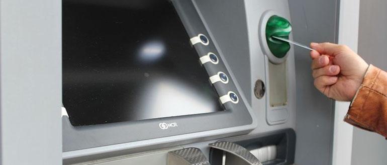 Кража денег из банкоматов — как хакеры воруют деньги у банков и их клиентов?