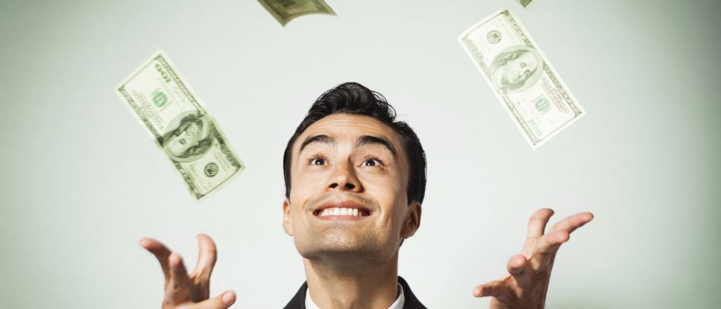Кража денег на работе сотрудником — риск для работодателя и последствия для работника. Уголовная ответственность работника за кражу денег на рабочем месте.  Что делать, если работник ворует на предприятии? Нужно ли обращаться в полицию?