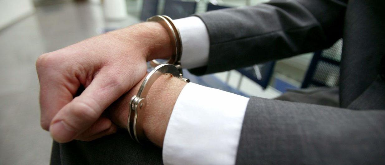 На сколько имеют право задержать в полиции? В каком случае возможно ограничение свободы? Когда задерживают на 48 и на 3 часа? Узнайте из нашей статьи