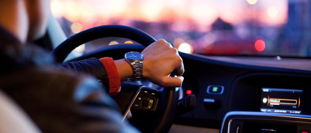 Какая ответственность лежит на водителе за нарушение ПДД? Что ждет виновного по ст. 264 УК РФ, если ДТП привело к жертвам или стала причиной тяжкого вреда здоровью? Можно ли уменьшить меру наказания по 264 статье УК РФ? Читайте на osudili.ru